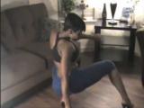 Morena bailando bien sexy