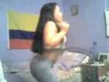 Colombiana sexy bailando reggaeton