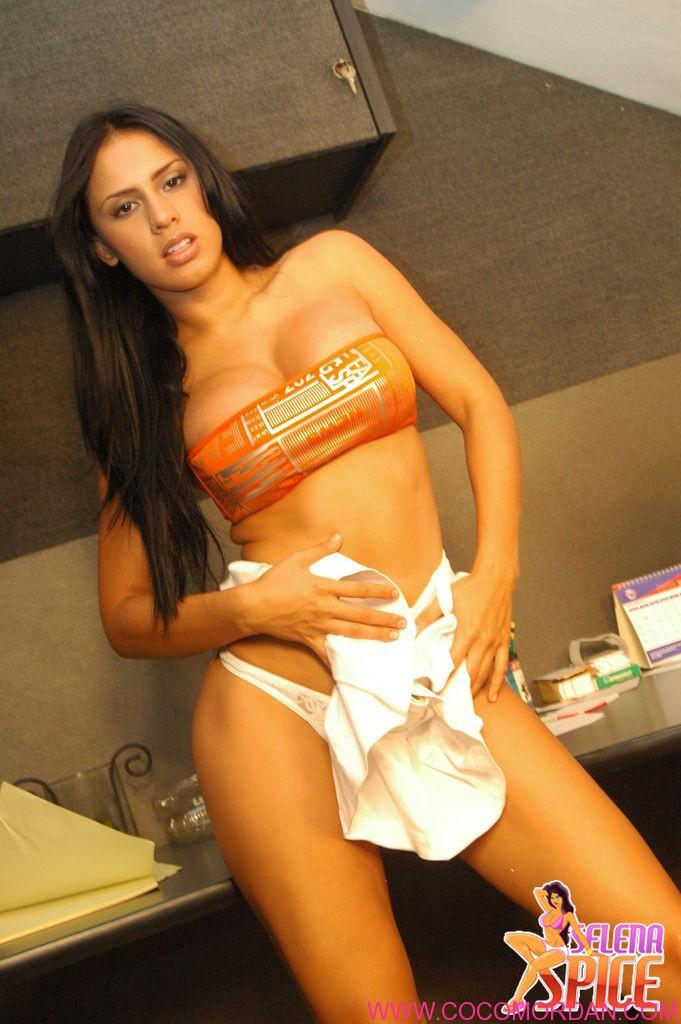 Kb Jpeg Selena Spice Fotos E Galerias Total